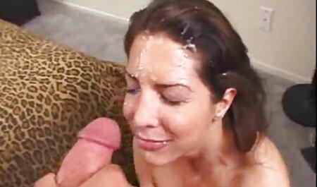 مینکس الاغ خود را روی یک خروس فیلم وعکس سکسی خفن می مالد تا مرد آن را روی باسن خود لکه دار کند