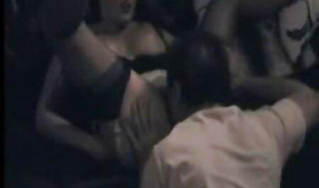 دو دختر خوشگل بهترین دوست خود را از عکس های سکسی و خفن دست دادند و زانو زدند
