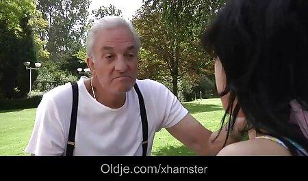 یکی از دوستان در هتل به دوست خود با دهان برخورد می کند فیلم وعکس سکسی خفن