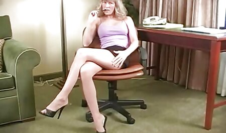فاحشه سکسی خفن عکس بوست در جوراب های صورتی