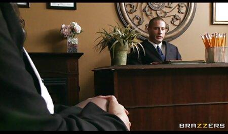 زن و شوهر جوان با شور و هیجان عکس سکسی های خفن در یک اتاق هتل لعنتی